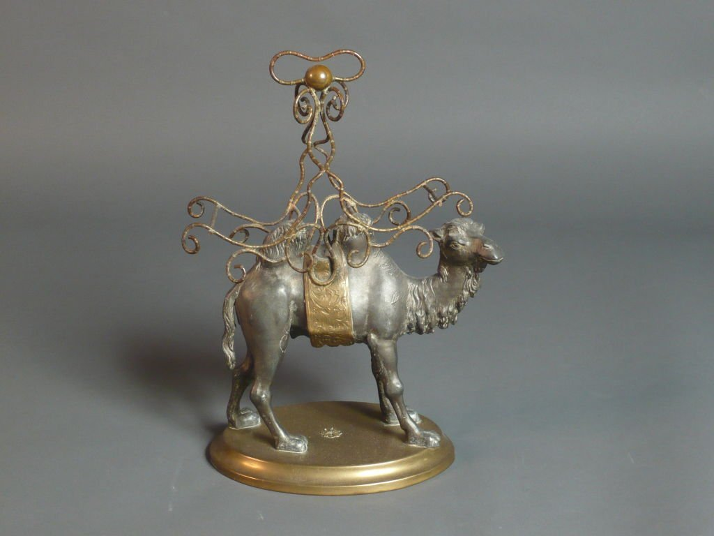 Camel metal sculpture