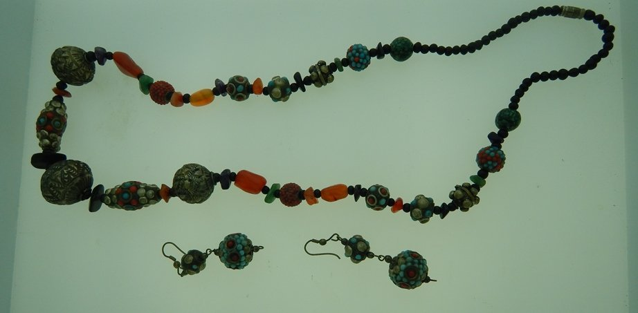 MULTI STONE CHINESE INFLUENCE NECKLACE & EARRINGS