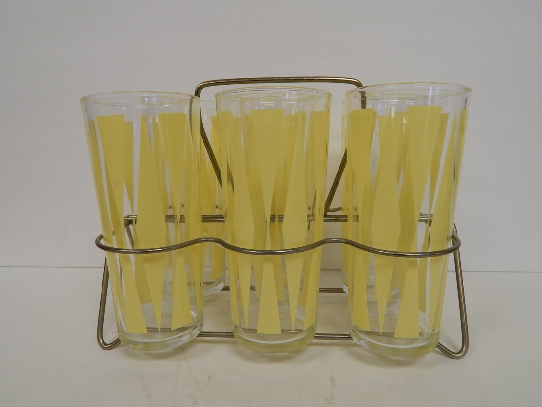 "VINTAGE ""backgammon"" PATTERN DINKING GLASSES"
