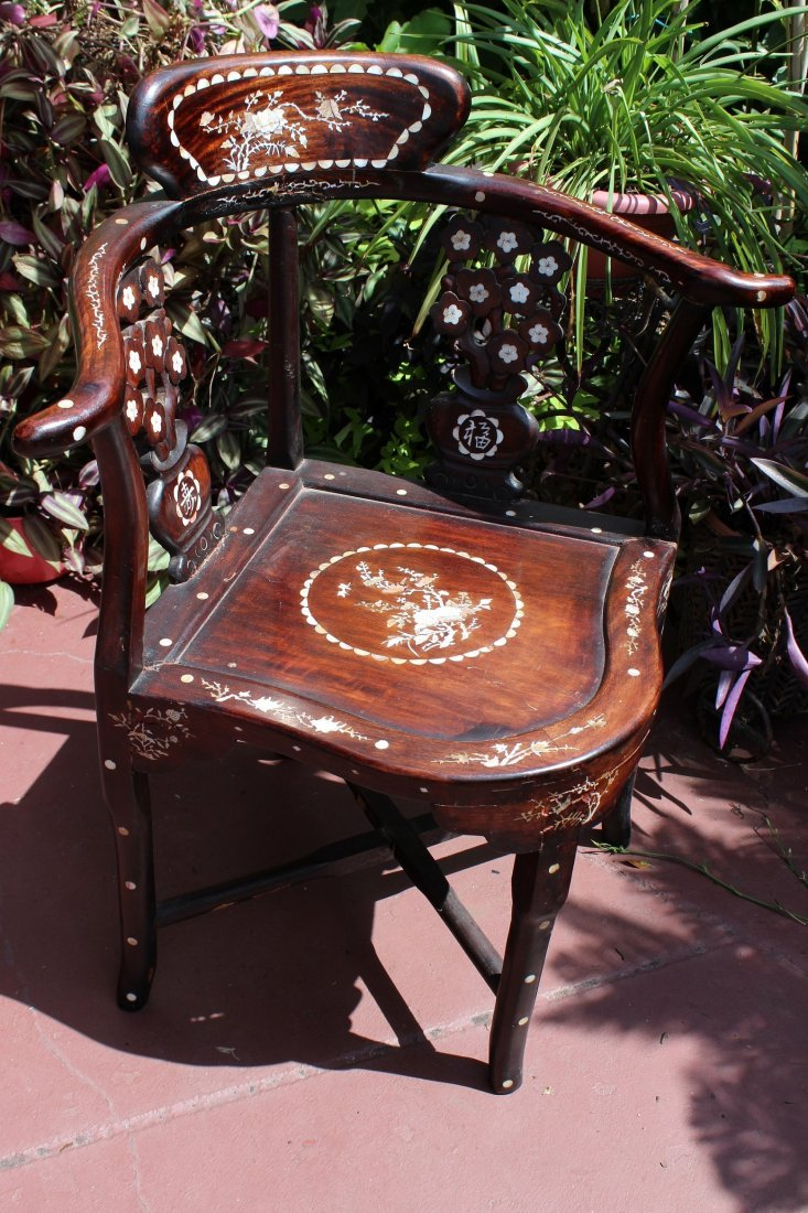 Vintage Chinese  chair with inlaid mother pearl wood