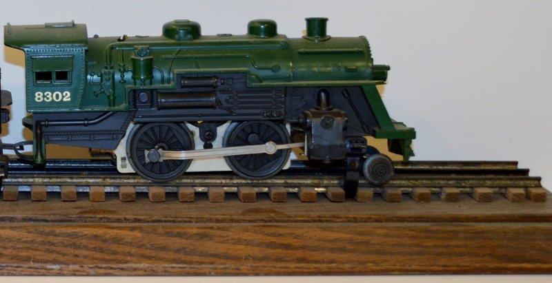 Vintage Lionel O Gauge Engine and Tender #8302