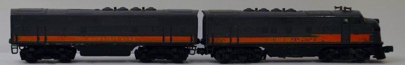 Lionel Postwar 2378 Milwaukee Road F3 A&B Unit Locomoti