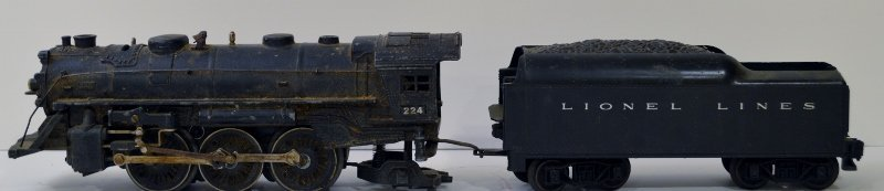 "LIONEL #224 LOCO W/TENDER - PRE-WAR ""O"" GAUGE"