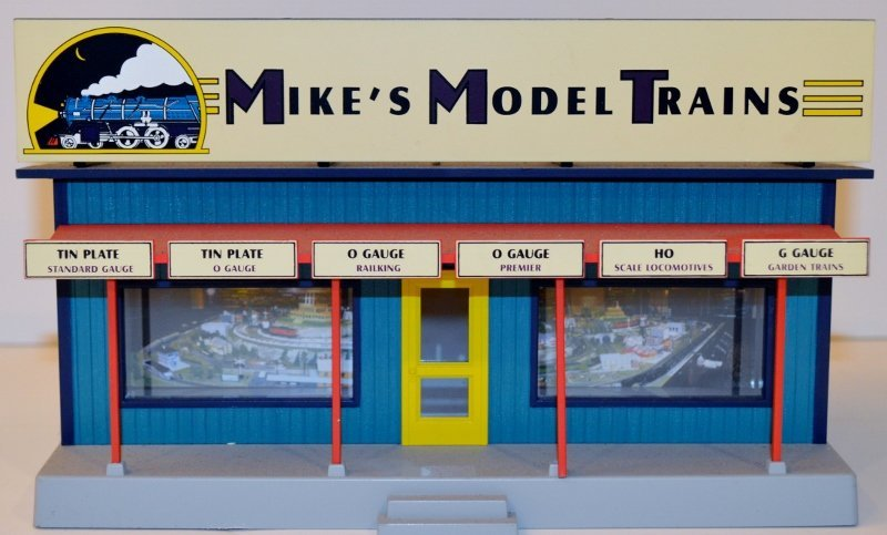 Rail King O-Scale Mikes Model Train Building W/lights