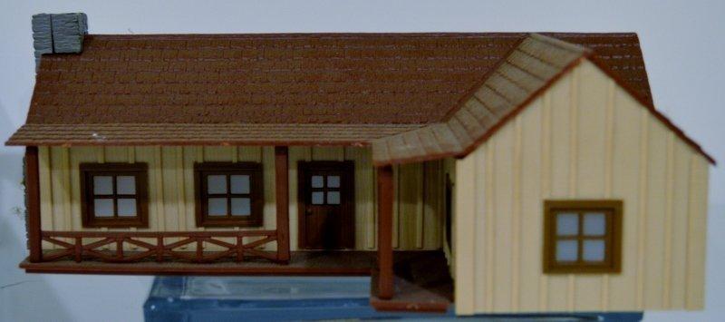 Plasticville O-Scale Ranch House RARE version Kit