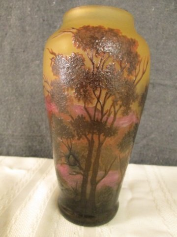 """AFTER GALLE FRENCH SIGNED CAMEO 8"""" LAKE SCENE VASE"""