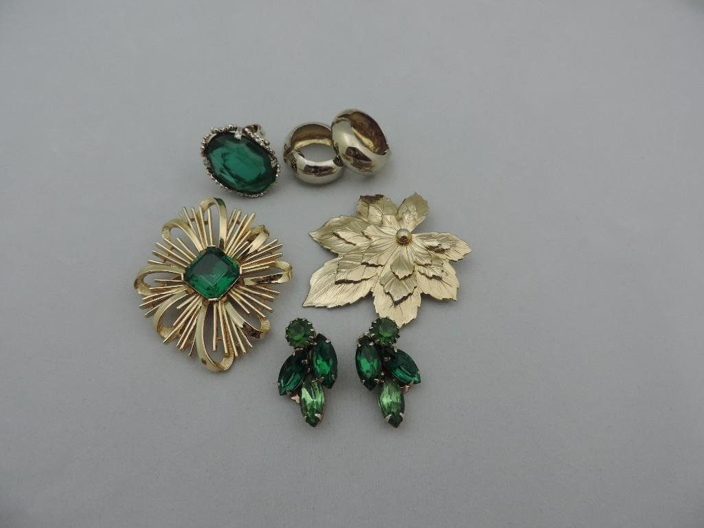 Trifari Gold and Emerald Green lot