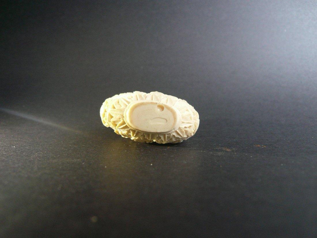 A Fine Carved Bone Snuff Bottle - 3