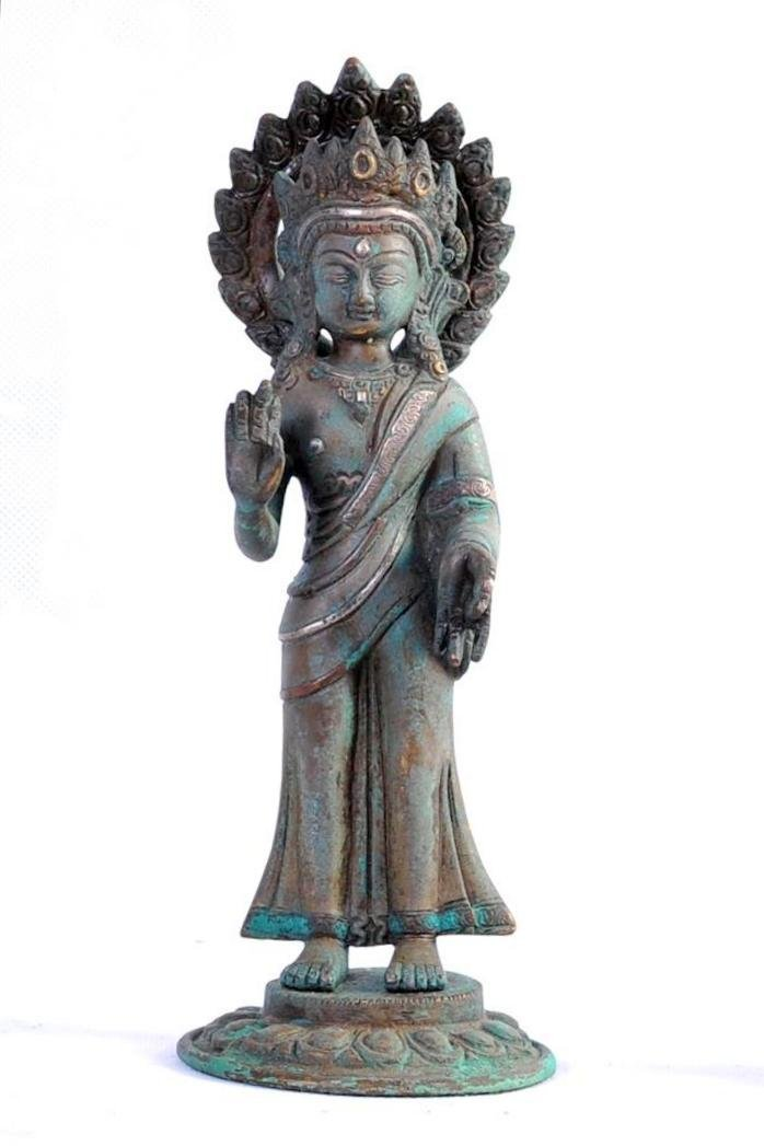 A NICE CHINESE BRONZE STATUE OF BUDDHA WITH SILVER