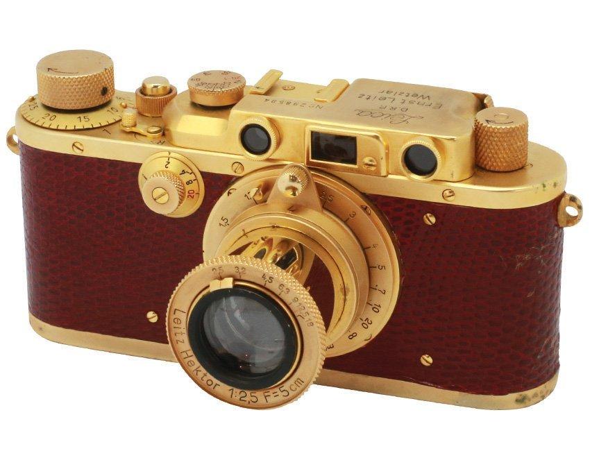 IIIa with Hektor 2.5/5cm Repaint Gold, Serial no.