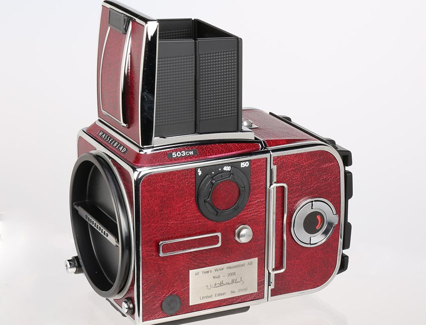 "Hasselblad 503CW ""60 Years Victor Red Edition"""