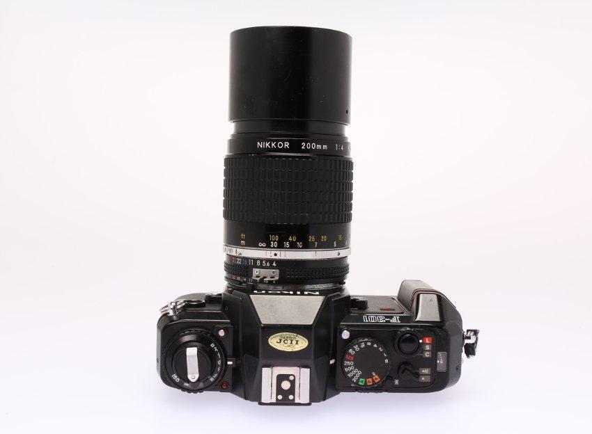 Nikon F301 #2997952 - 2