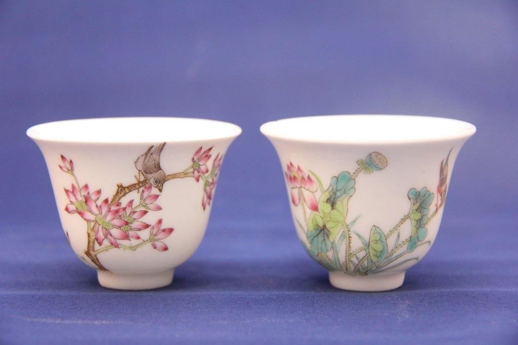 Porcelain cup (pair)