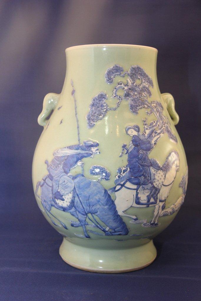 Qing dynasty twin elephant ear porcelain jar
