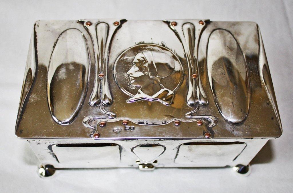 Goldsmith English Sterling Mixed Metal Box c. 1901