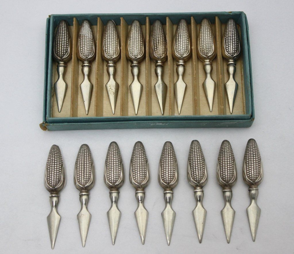 8 Pair Sterling Realistic Corn On The Cob Holders
