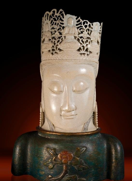 ANTIQUE CHINESE CARVED IVORY HEAD QUAN YIN