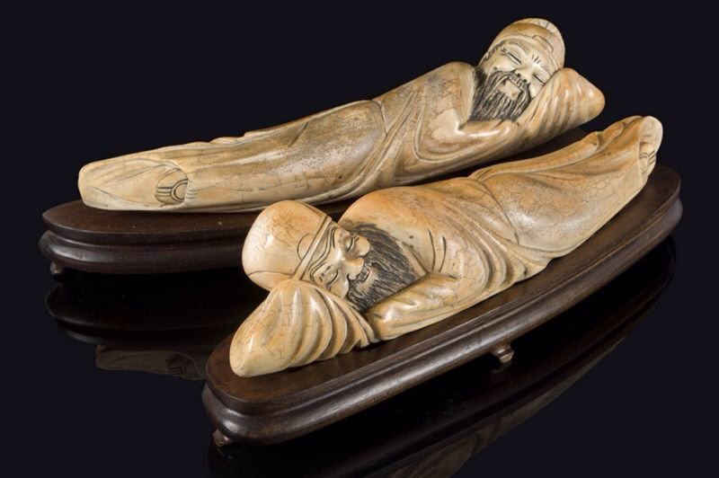AWESOME PAIR CHINESE IVORY 19th CENTURY