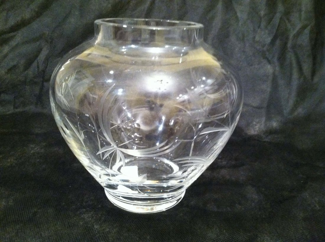 CLEAR GLASS ETCHED LENOX VASE