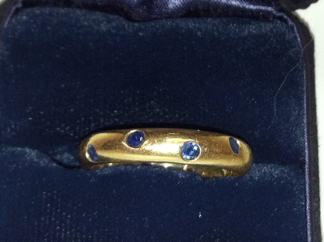.158 OZ TOTAL WEIGHT 18K SOLID GOLD AND SAPPHIRE