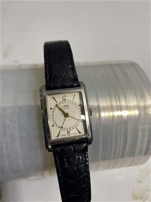 Vintage Swiss Oris Automatic Watch with Calendar