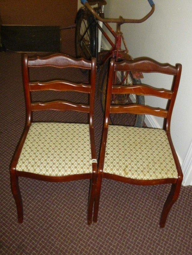 Set of four dining chairs.