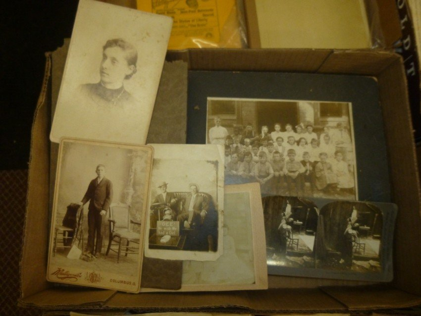 Box lot of better early photographs.