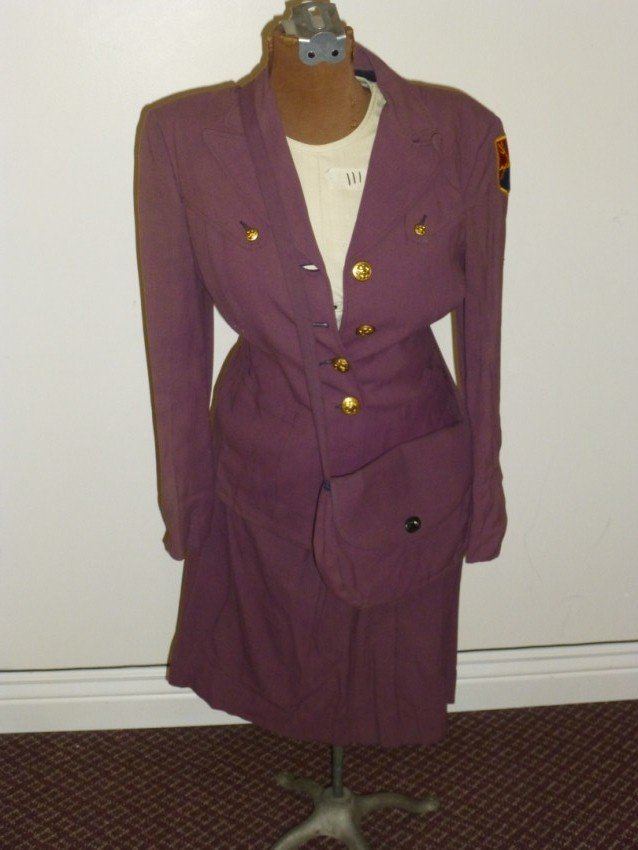 WWII Purple Navy Lady's Uniform outfit.