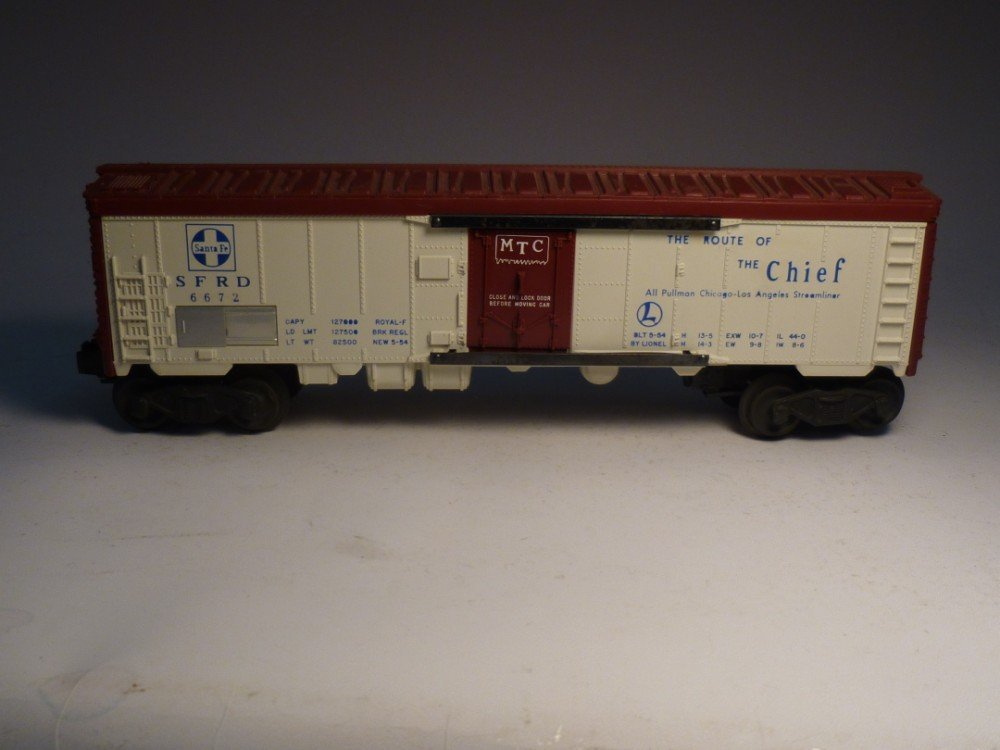 Lionel 6672 model railroad Santa Fe box car