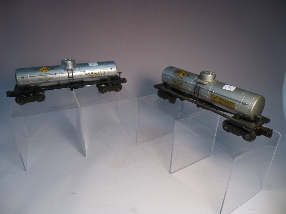 2 Lionel Sunoco Model Railroad tanker car
