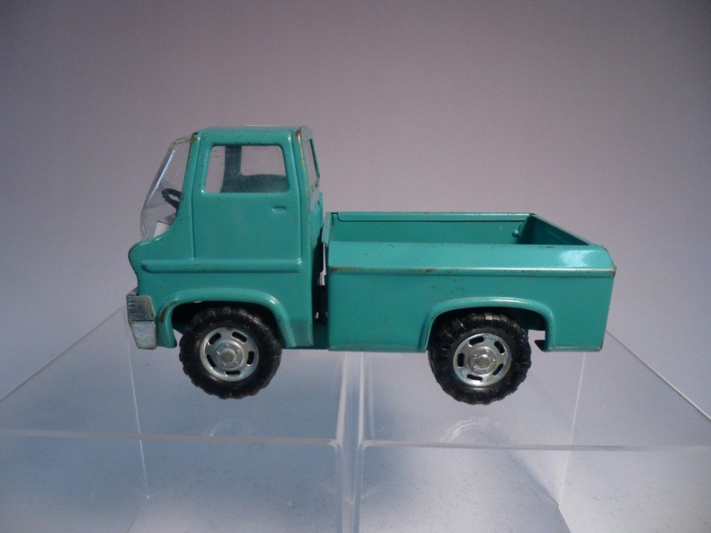 Marx medal toy pick up truck