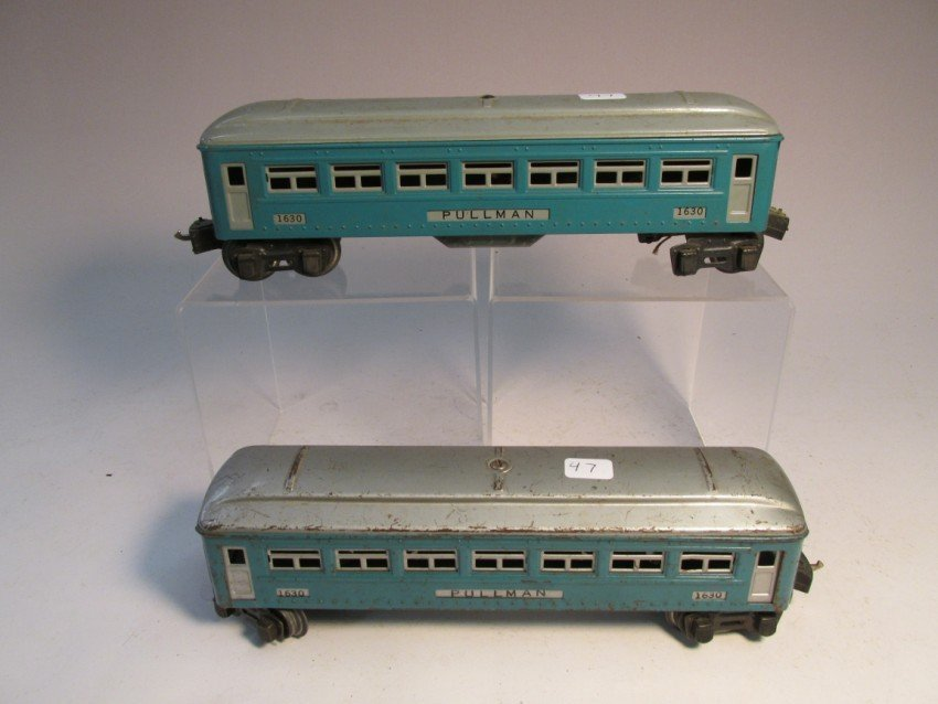 2 Lionel model railroad Pullman cars