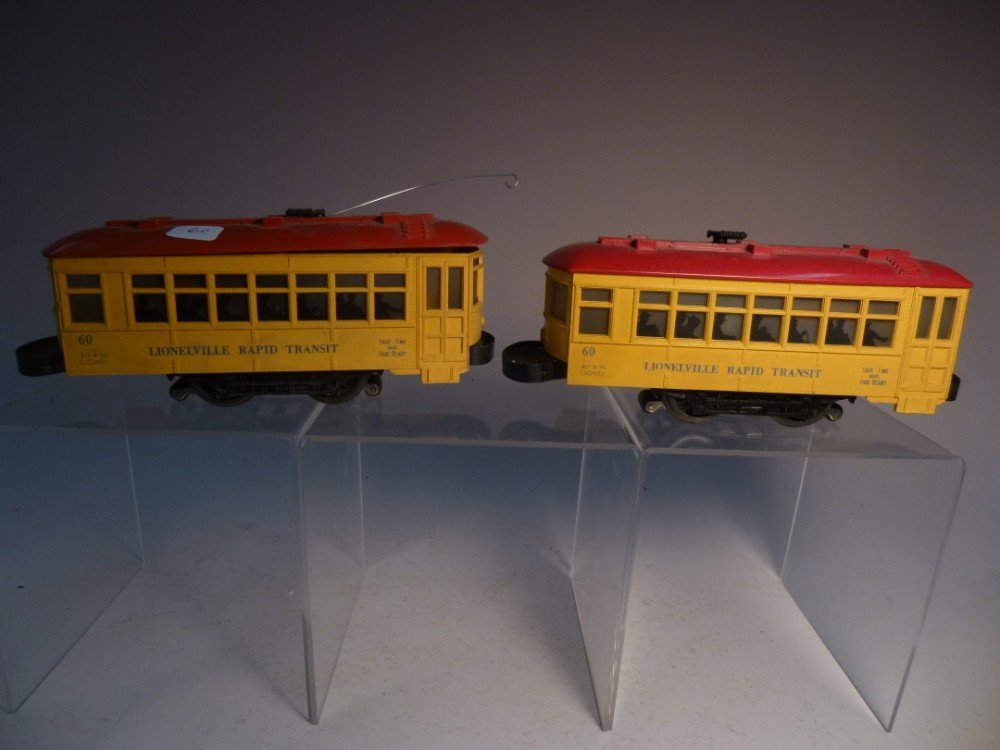 2 Lionel model railroad Rapid Transit cars
