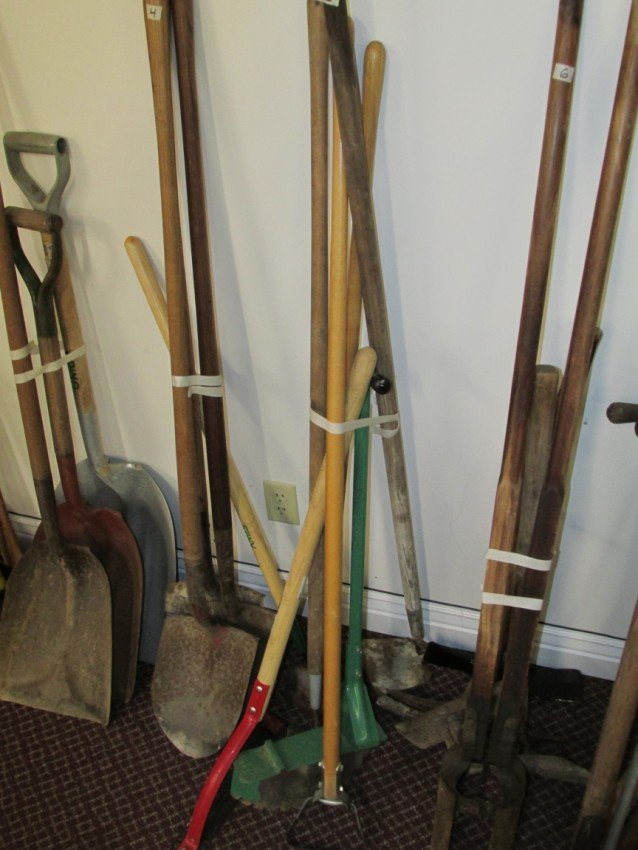Hoe and weeder lot.