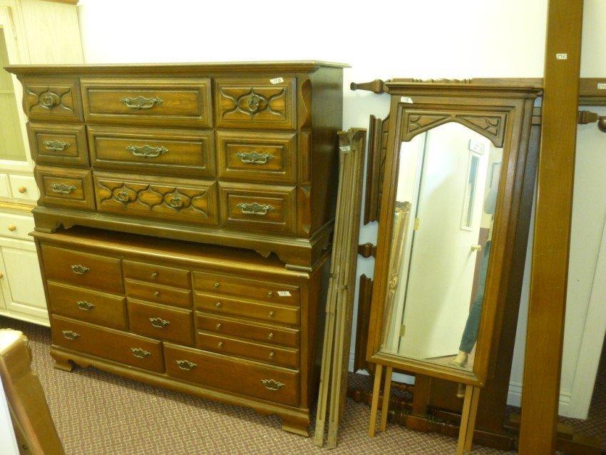Dresser w/Dual Mirrors