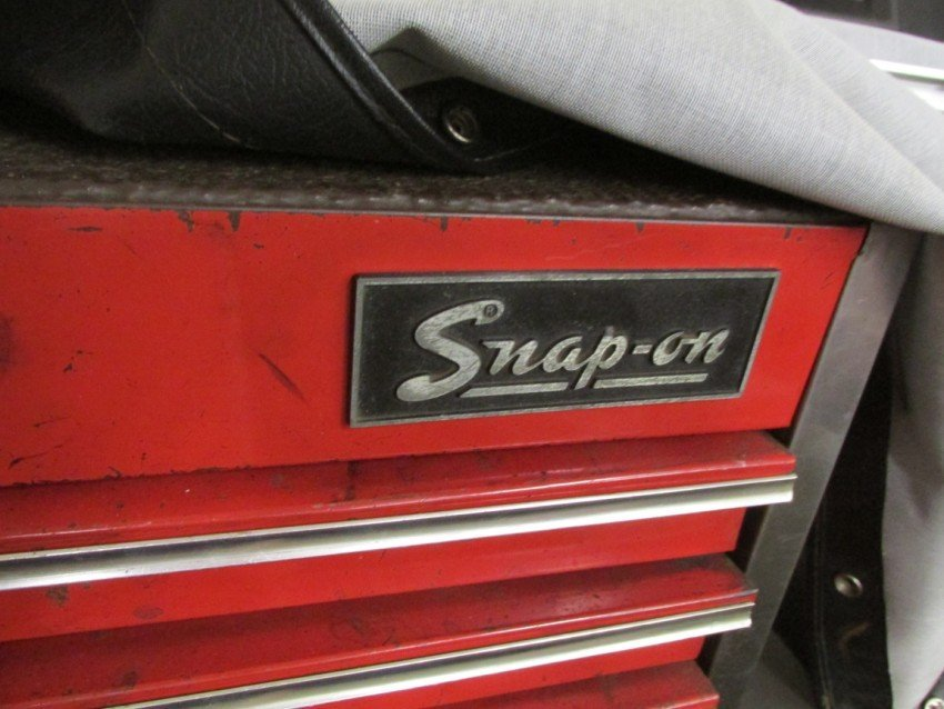 Large Roll-around Snap-On Tool Box, Work station - 2
