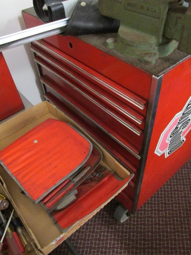 Large Roll-around Snap-On Tool Box, Work station - 6