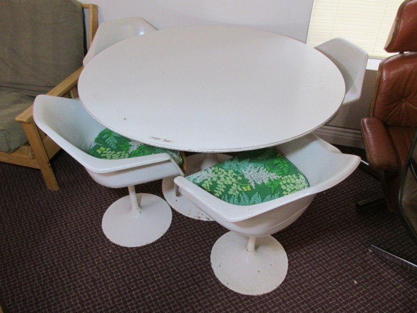 MCM Tulip or Satellite table chairs.