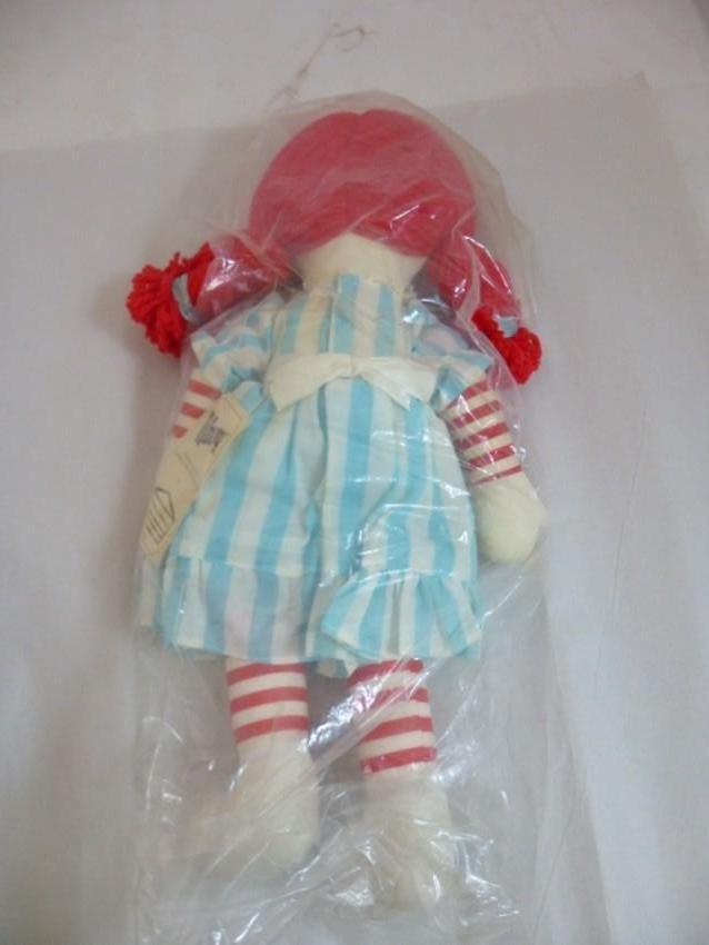 Vintage Wendy's Restaurant Doll - 2