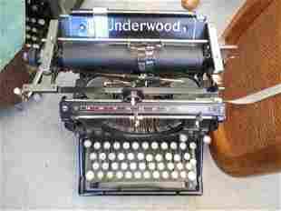 Nice Antique Underwood Typewriter
