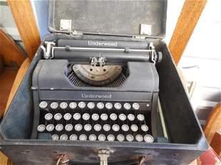 Antique Underwood Typewriter in Case Portable