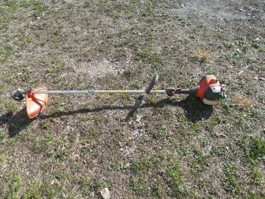Husqvarna 125L Weed Wacker Line Trimmer Runs