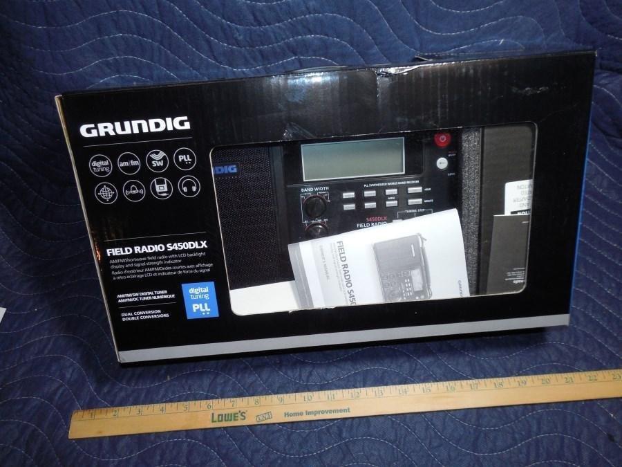 Nice Grundig Field Radio S450DLX Shortwave