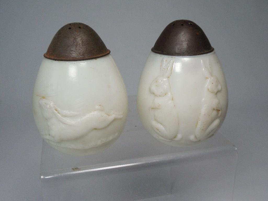 Antique Glass Rabbit Salt Pepper Shakers