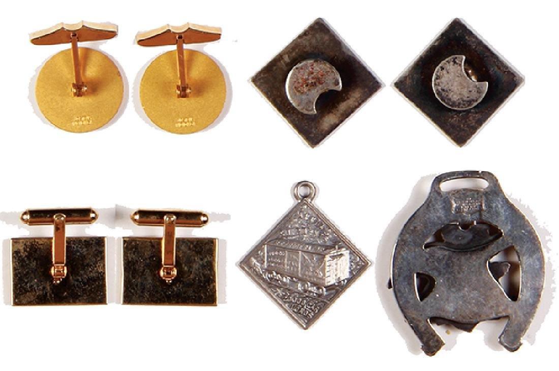 Eight Anheuser-Busch items - 2