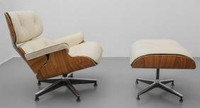 "CHARLES E RAY EAMES  Una ""lounge chair"" con"