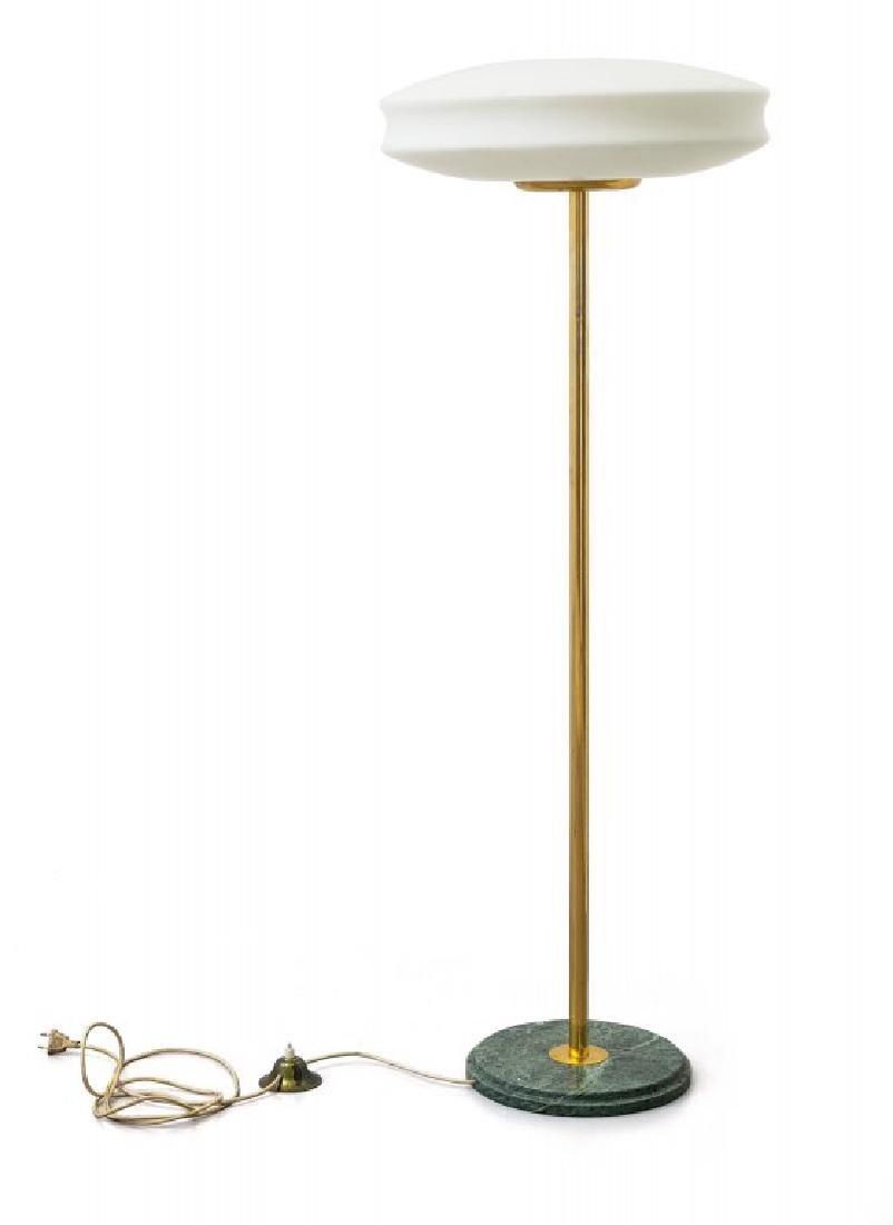 UNA LAMPADA DA TERRA, anni '60. Marmo, ottone,