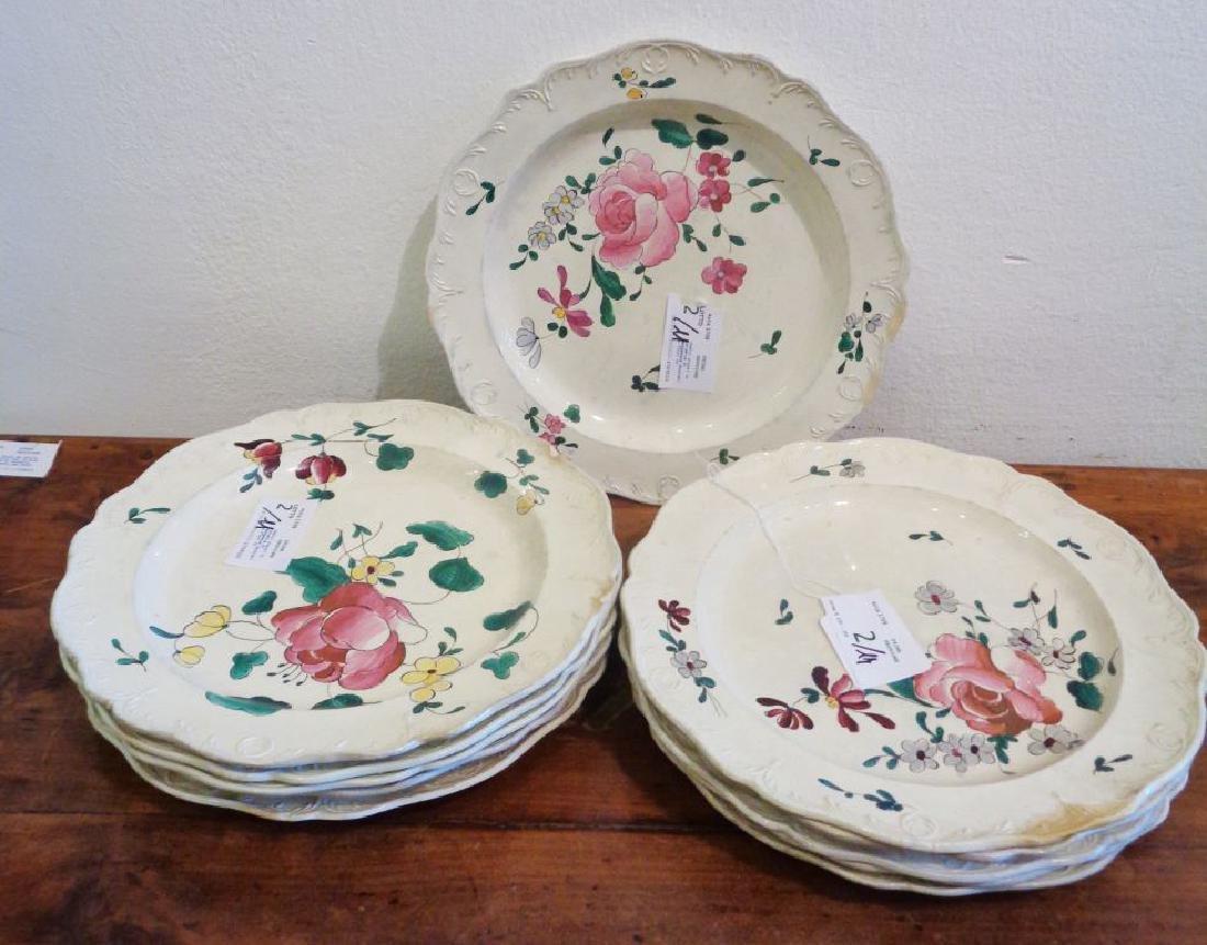 Undici piatti in ceramica di Wedgewood decorati a