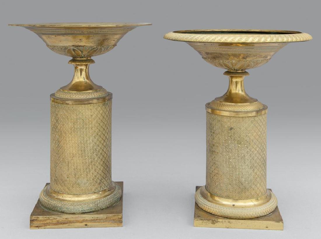 Due alzate Carlo X in bronzo dorato,