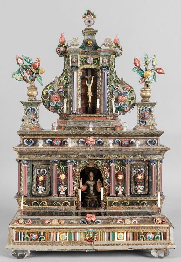 Modello di altarolo lastronato in vetro